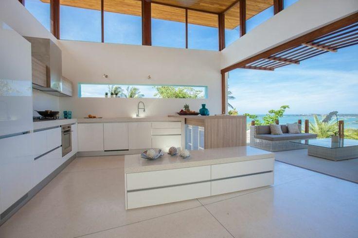Fenêtre bandeau pour déco de cuisine contemporaine -