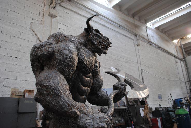 Minotaurus / Mythology / Sculpture / Scrap Metal / Minotaur /