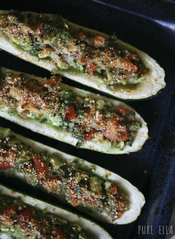 Kale Pesto Baked Zucchini | Pine, Bread crumbs and Healthy