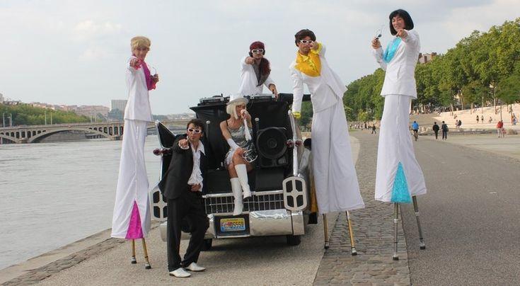 Danseurs, spectacle deambulatoire Las Vegas Disco