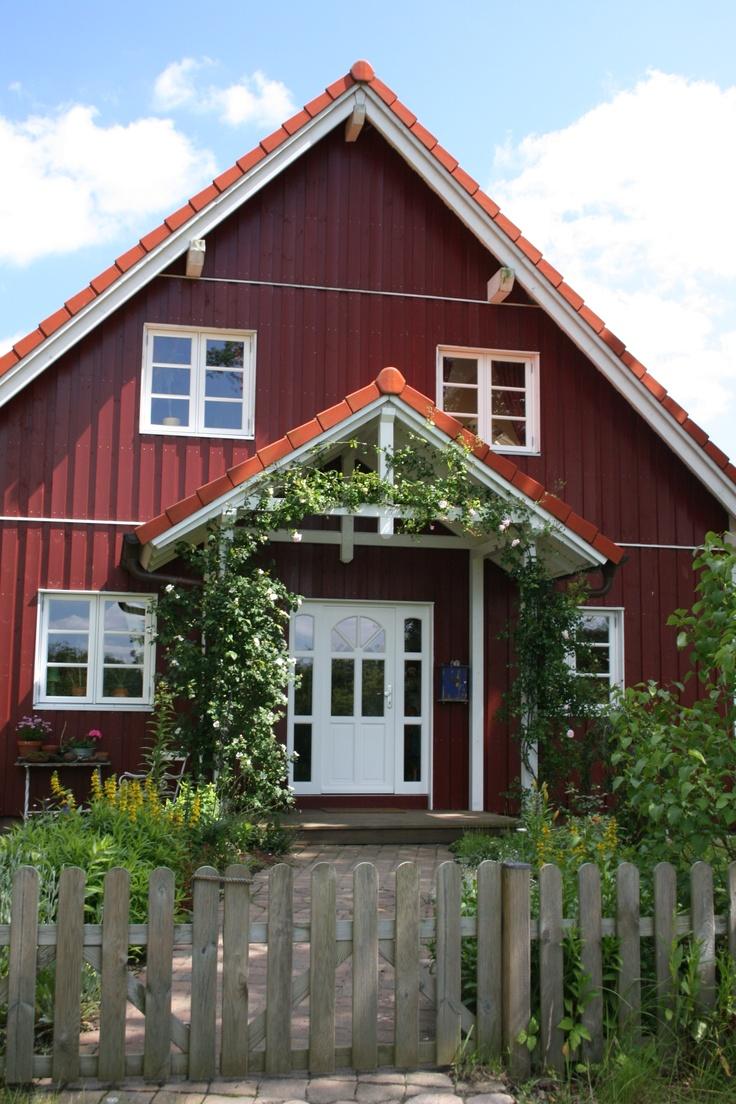 die besten 25 schwedenhaus fertighaus ideen auf pinterest landhaus bauen fertighaus veranda. Black Bedroom Furniture Sets. Home Design Ideas
