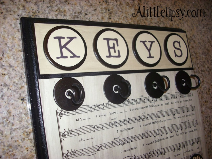 A Little Tipsy: Make Your Own Key Hanger