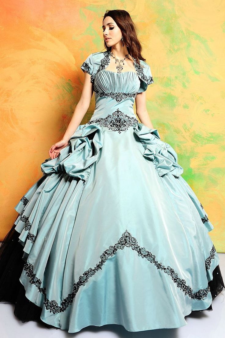 62 best Prom Dresses and Glamour images on Pinterest | Prom ...