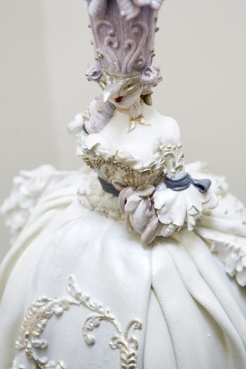 Marie Antoinette Masquerade Cake (2nd of two pins) - Cake Opera close-up