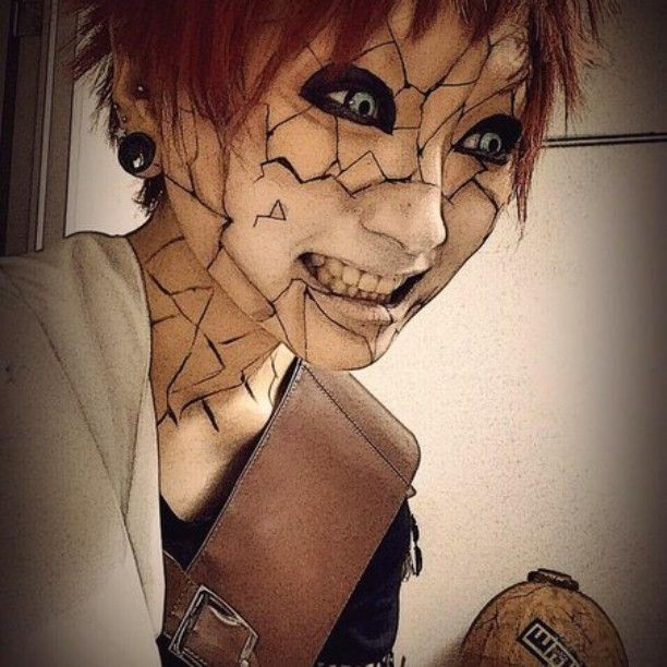 Seriously more creepy than it is cool. Gaara cosplay tho