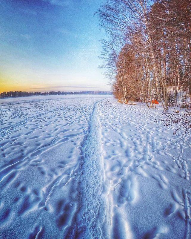 Pilkille matka.  #europe  #instafinland  #järvenpää  #travel  #alltags_member  #traveling  #loves_finland  #finnishboy  #finland_photolovers  #landscape_lovers  #finland4seasons  #travelphotography  #instatravel  #finland_frames  #igscglobal  #fotofanatics_nature_  #thisisfinland  #discoverfinland  #igscandinavia  #ig_week_finland  #Loves_United_Finland  #fotofanatics_alltags_  #finnishmoments  #lovelyfinland  #thebestoffinland  #nature  #visitfinland  #unlimitedscandinavia  #beautyofsuomi…