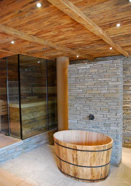 Sauna, Dusche und Kübel