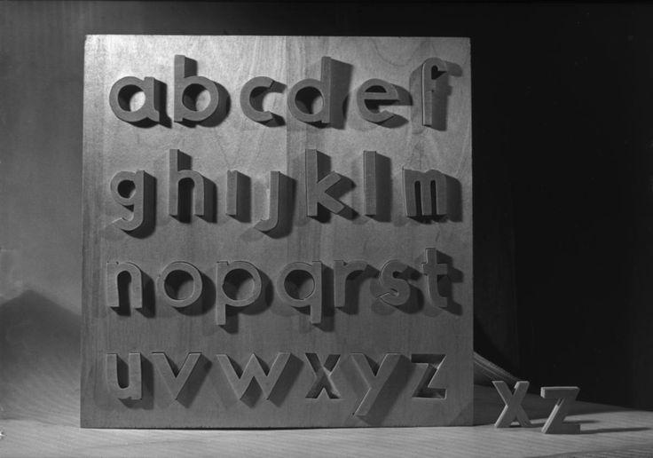 Erno Goldfinger pour Abbatt, 1946.