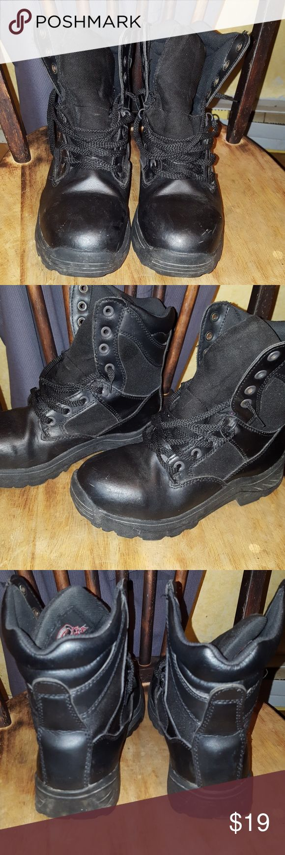 Brahma Steel Toe boots Preloved condition, but still in good shape. There a few little scuff marks on the one boot. (Seen in cover photo) the boots are still held together though. The sole isn't coming apart and there are no tears in the mesh, tongue or inside. Besides the tiny scuff mark, these boots are in great shape. Black boot polish will make these boots look  brand new!  Slip resistant and oil resistant.   Size 8.  I wear a size 10 in women tennis shoes and these boots fit me…