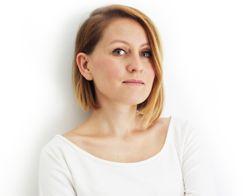 Katarzyna Kędzierska SIMPLICITE to blog lifestylowy.  Teksty o zdrowym, szczęśliwym życiu w rytmie slow, wnętrzach i ukochanych podróżach przeplatają się z moimi pomysłami na DIY oraz minimalistyczną i etyczną modę.