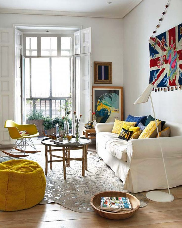 Four Things In the Living Room (and a Look Back) | Yellow Brick ...