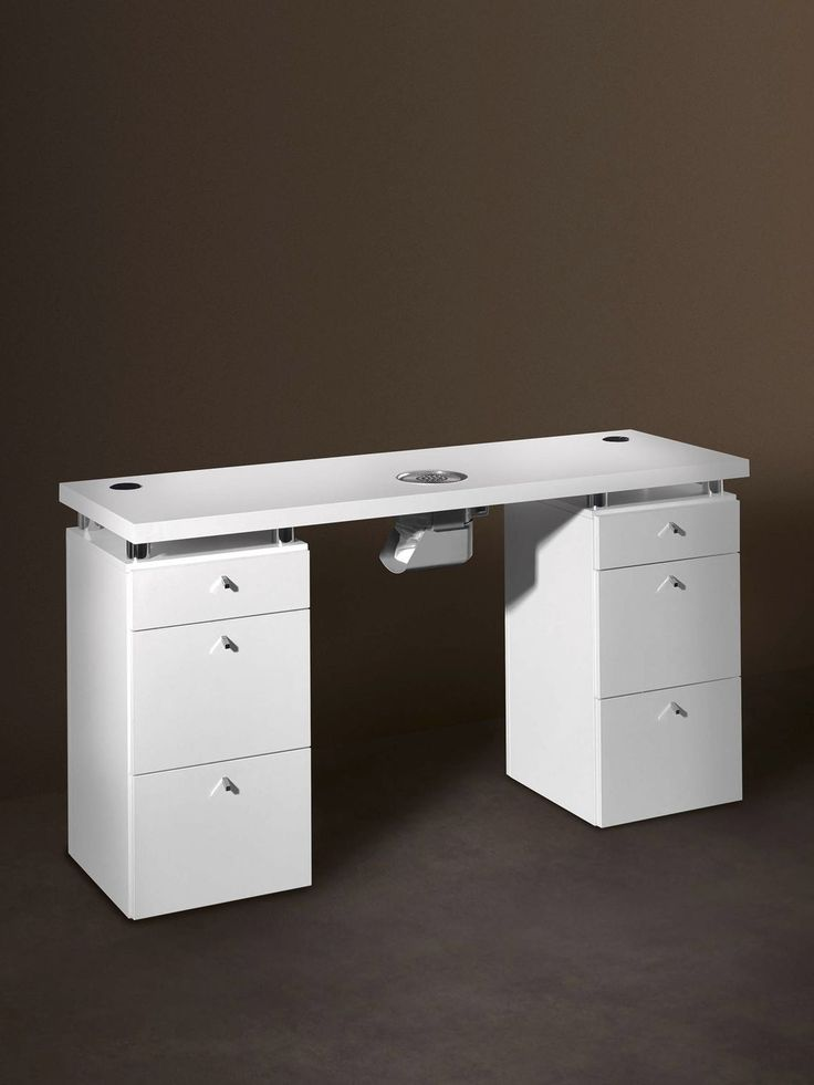 Manicure table with vacuum cleaner logic medical beauty for Manicure table with extractor fan