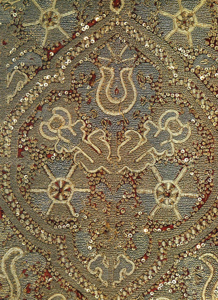 Деталь шитья