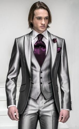 This is a man but a woman would look outstanding in this! Maybe a narrow tie instead of an ascot?