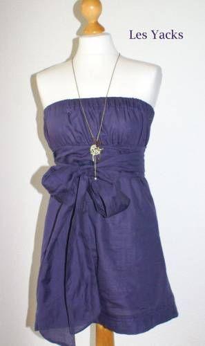 J'adore cette robe bustier ! En voile de coton, elle doit être super agréable à porter quand il fait chaud et elle a une très belle allure. Elle est tout simplement élastiquée au-dessus et en dessous de la poitrine et est finie par un gros nœud sur le devant. C'est donc un modèle très facile à confectionner et en fonction du tissu choisi, elle sera tout simplement superbe !