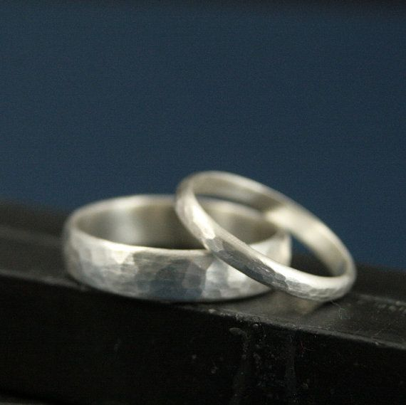 Perfect Hammered Bands--His and Hers Silver Wedding Rings--Wedding Band Set--Simple and Unique--Solid Sterling Silver Hammered Bands, £44.86