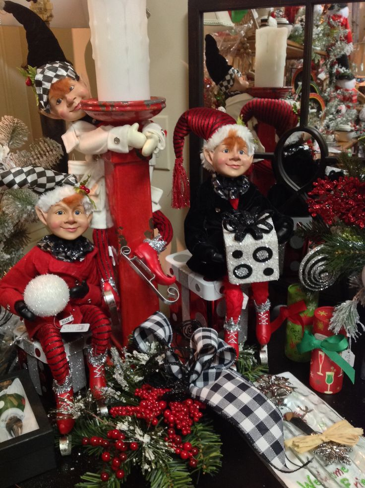 Elfs In The Red And Black Room CHRISTMAS Pinterest