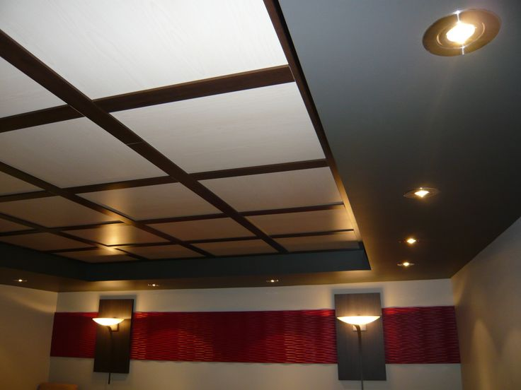 Plafond suspendu Embassy - Érable et café #plafond/ Embassy suspended ceiling - Maple and coffee #ceiling