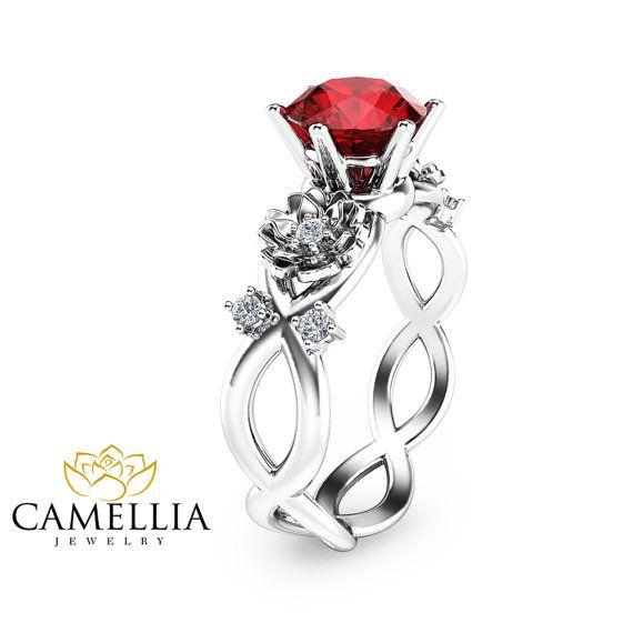 Weissgold Rubin Verlobungsring Floral Twist von CamelliaJewelry
