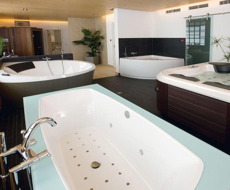 Гидромассажные ванны, минибассейны Villeroy&Boch: Гидромассажные ванны  #hogart_art #interiordesign #design #apartment #house #bathroom #furniture #VilleroyBoch #shower #sink #bathroomfurniture #bath #mirror