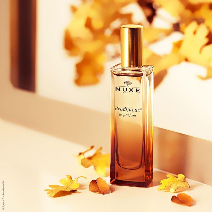 Prodigieux le parfum, un accord féminin, solaire et sable chaud aux notes de Fleur d'Oranger, Magnolia et Vanille.