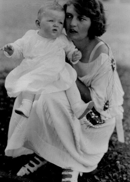 Zelda Fitzgerald and scottie.... :'(