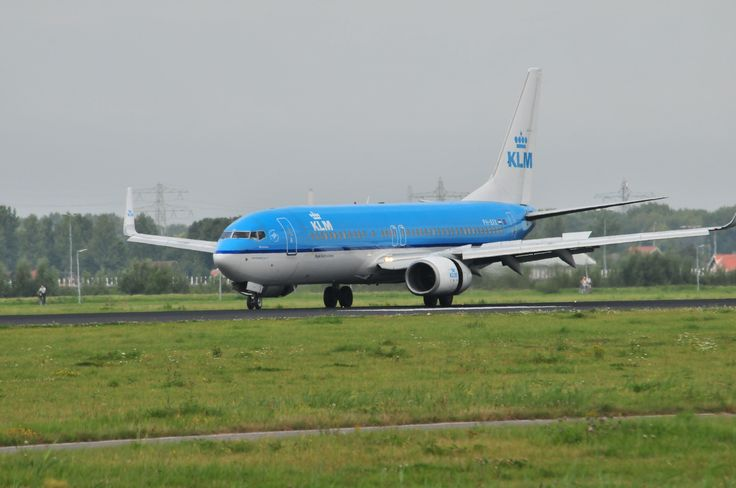 KLM Boeing 737 landing @ Schiphol Airport
