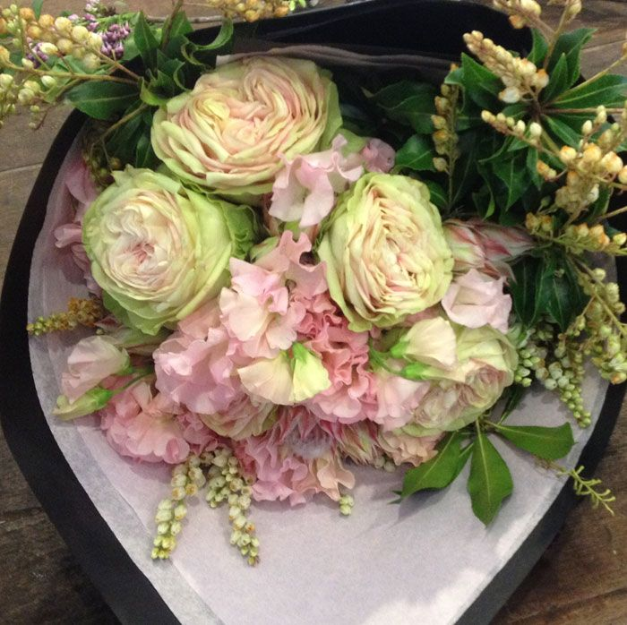 Seasonal, soft and pretty,  sweet with a distinctive country edge. #mothersday #sydneycbd #sydney #florist