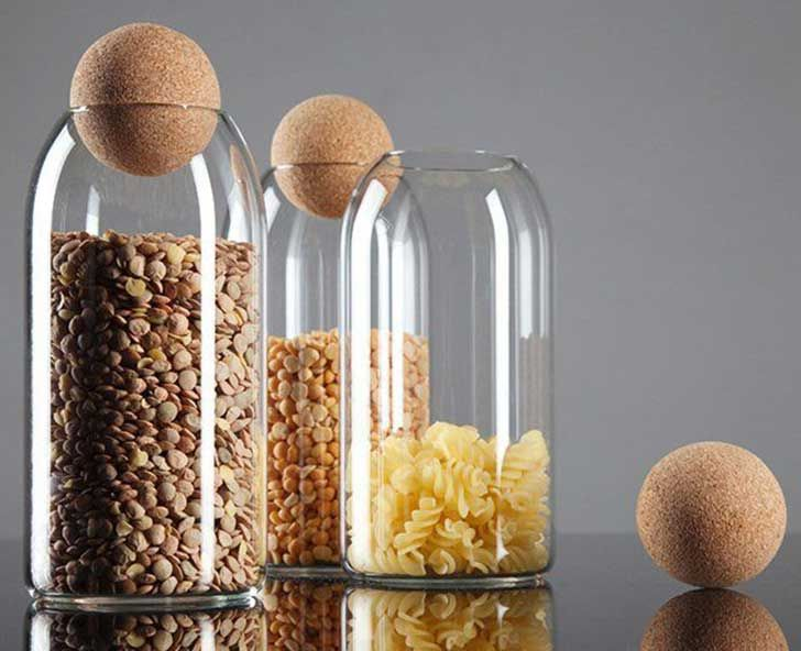 15 divertidos y útiles usos que puedes darle a tus botellas de vidrio