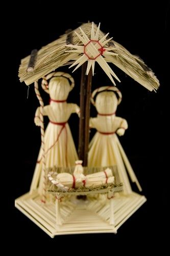 Polish Art Center - Straw Nativity Creche - Szopka