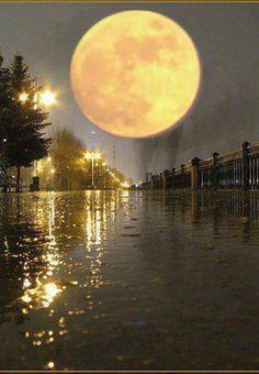14 de febrero Día de San Valentín y Luna Llena durante el mismo día. Tradicionalmente conocido como la Luna de Nieve.