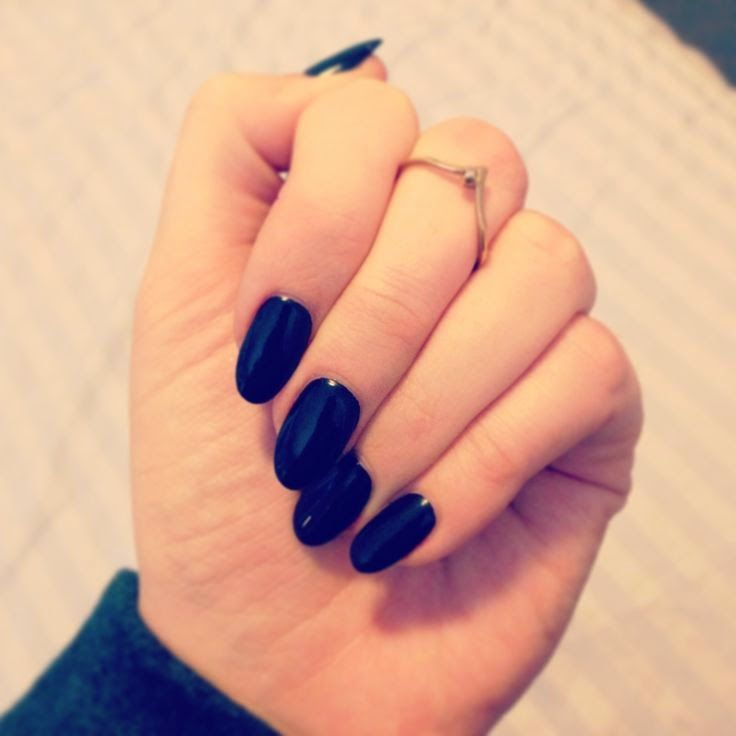 21 Stunning Black Nail Inspirations - Best 25+ Round Nails Ideas On Pinterest Rounded Nails, Oval