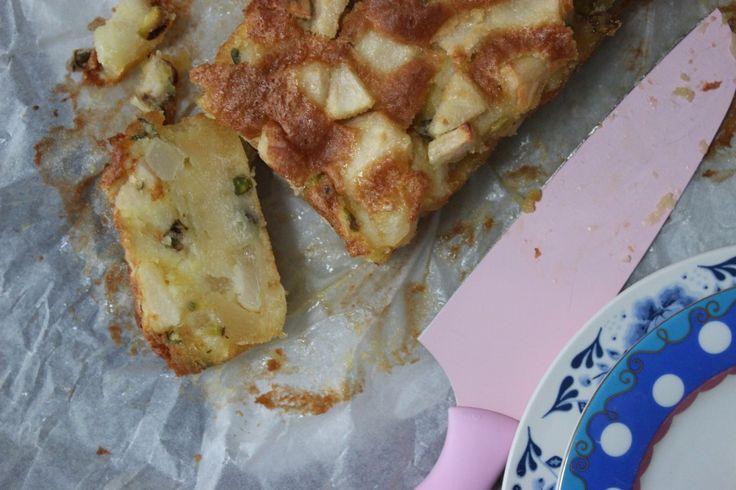 glutenvrije cake met peer en pistache!