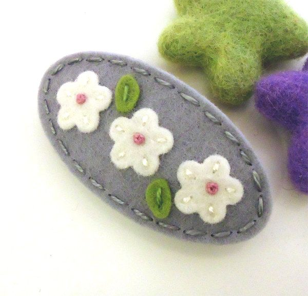 Wool felt hair clip FRENCH BARRETTE -Triple daisy -grey. $7.00, via Etsy.