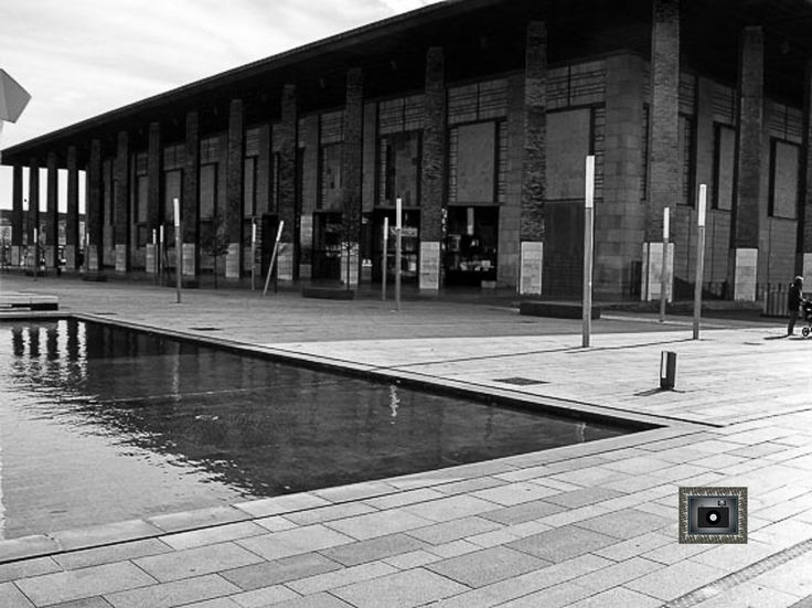 #auditorio #Zaragoza #música #blanco negro #edificio #enmarcación #decoración