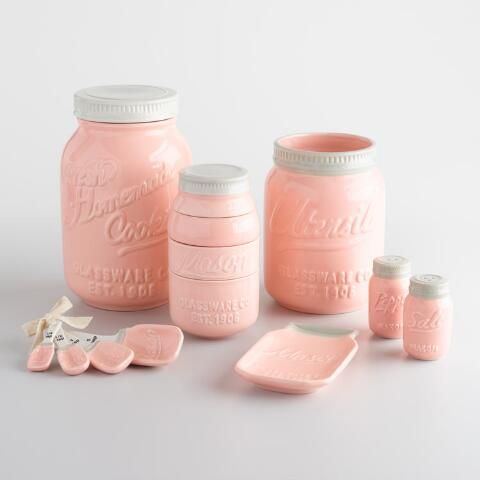 Featuring our popular design inspired by vintage canning jars, our exclusive ceramic measuring spoons boast a retro-chic look in soft pink.