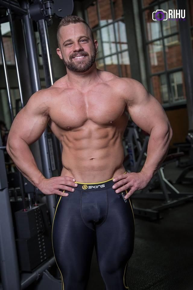 spandex   sport men   Pinterest   Spandex, Workout and Gym ...