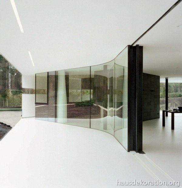 Fassade glas haus  Pinterest'teki 25'den fazla en iyi Haus im wald fikri ...