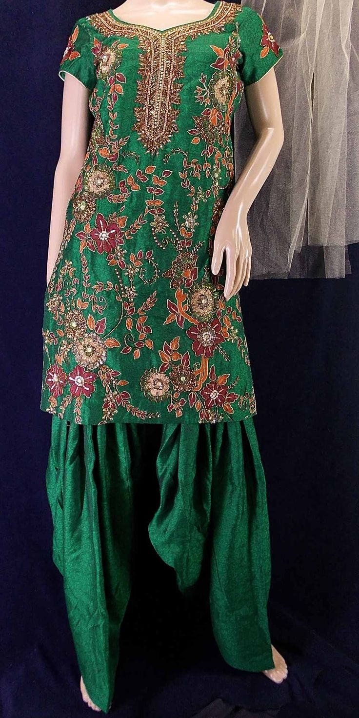 Green jacquard patiala salwar kameez with heavy resham hand embroidery sz 36 (S)