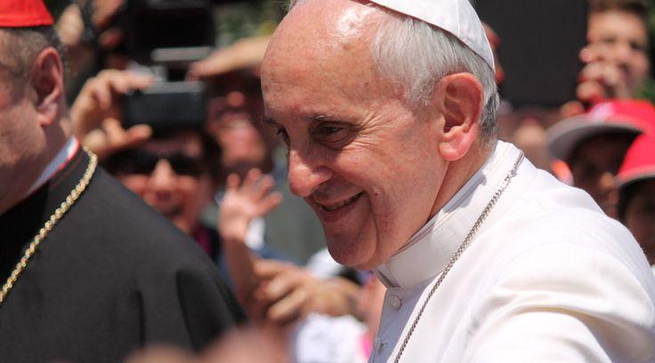 En el primer Ángelus después de su intenso viaje a Sri Lanka y Filipinas, el Papa Francisco habló sobre todo de la unidad de los cristianos. https://www.aciprensa.com/noticias/papa-francisco-jesus-quiere-a-los-cristianos-unidos-como-un-solo-cuerpo-19522/