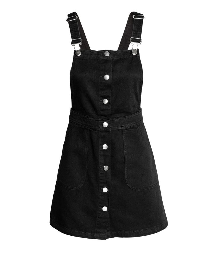 Black overall dress, H&M. Spring Trends 2017