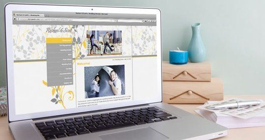 "Well-Designed Wedding: The Best ""Wedsite"" Wedding Site Options"