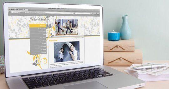 "Well-Designed Wedding: The Best ""Wedsite"" Wedding Site Options"