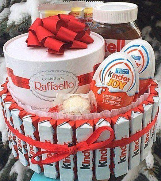 Подарки на 23 февраля, 8 марта из сладостей. Kinder, love is - Подарки и сувениры во Владивостоке