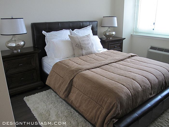 Bachelor pad ideas decorating a young man 39 s apartment for Bachelor bedroom designs