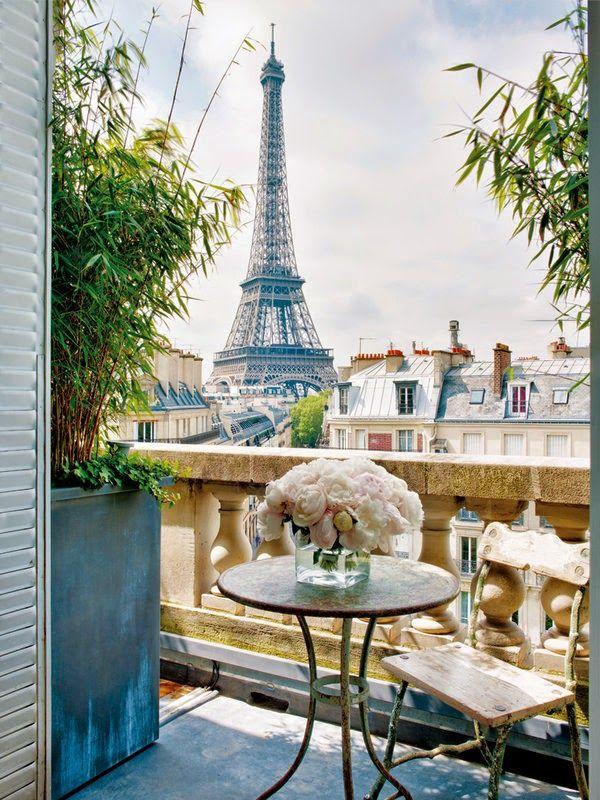 Paris apartment by Stéphane Olivier.