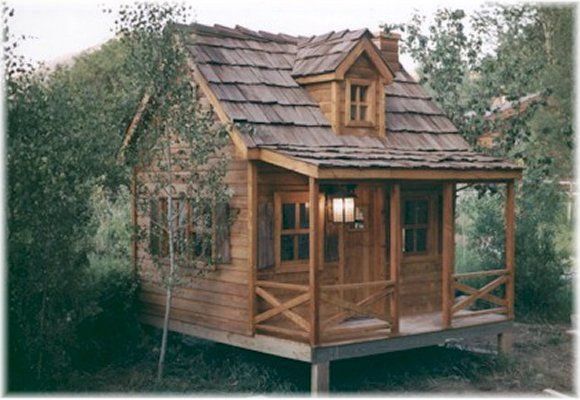 This rustic log cabin is geared towards the more adventurous, outdoor type.