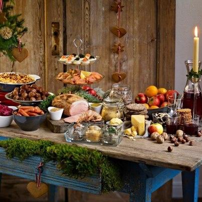Julbord décoration #julbord #swedishchristmas #danischristmas #godjul #jul #nordicjul