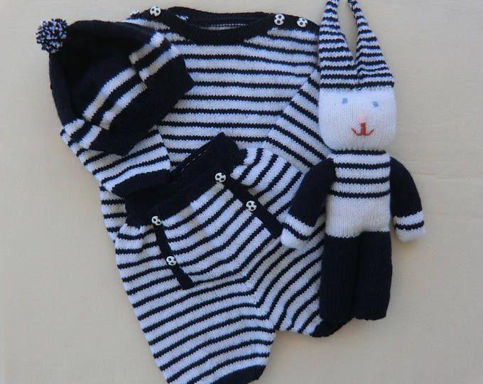 Short - Pull à manches longues - Béret - Doudou - Ensemble Style marin - En laine - Bébé 12-18 mois - Tricoté main  - Idée cadeau