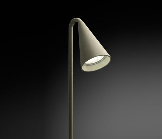 Street lights | Brisa fitted beacon individual | Vibia | Lievore- ... Check it out on Architonic